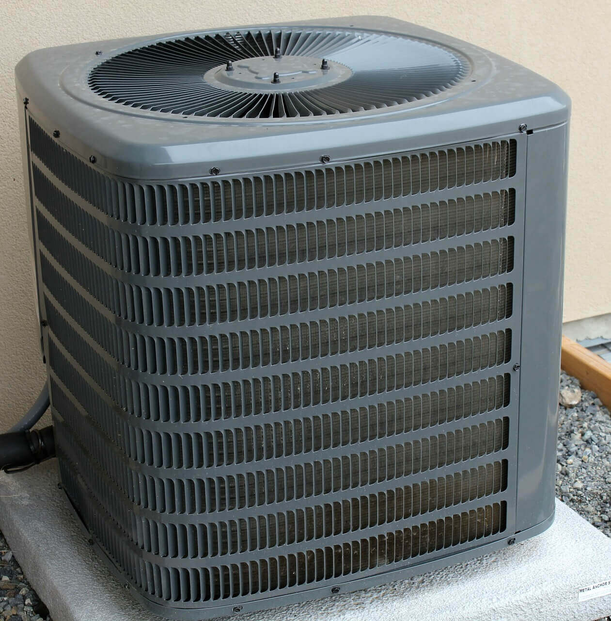 Air Conditioning system with freshly cleaned AC coils by Planet Duct